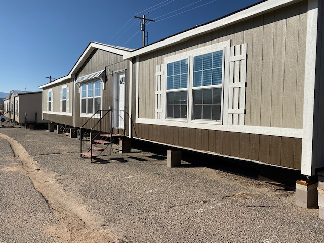 SEHomes28X72 DOUBLEWIDE - 2 LIVING ROOM Mobile Home for Sale in Espanola, NM